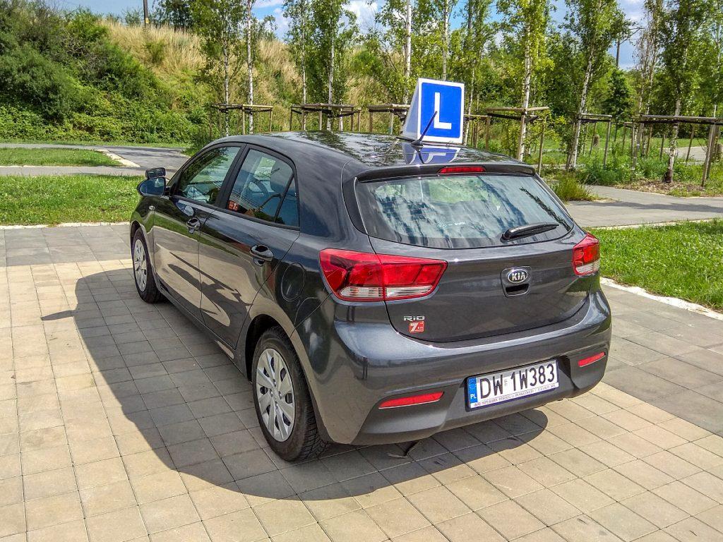 pojazd szkoleniowy na prawo jazdy w OSK Wrocław, driving, automatyczną skrzynią biegów