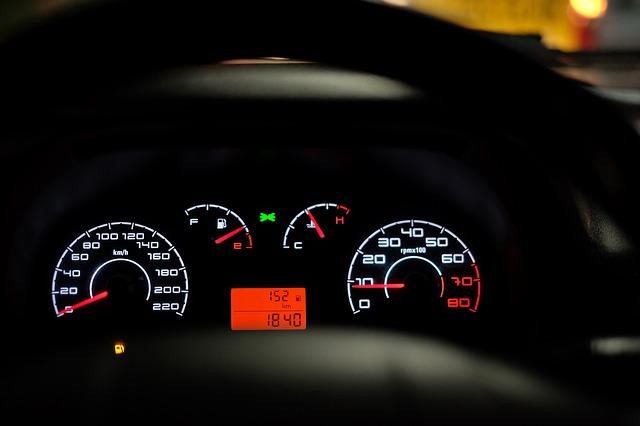 dopuszczalna prędkość w czasie jazdy
